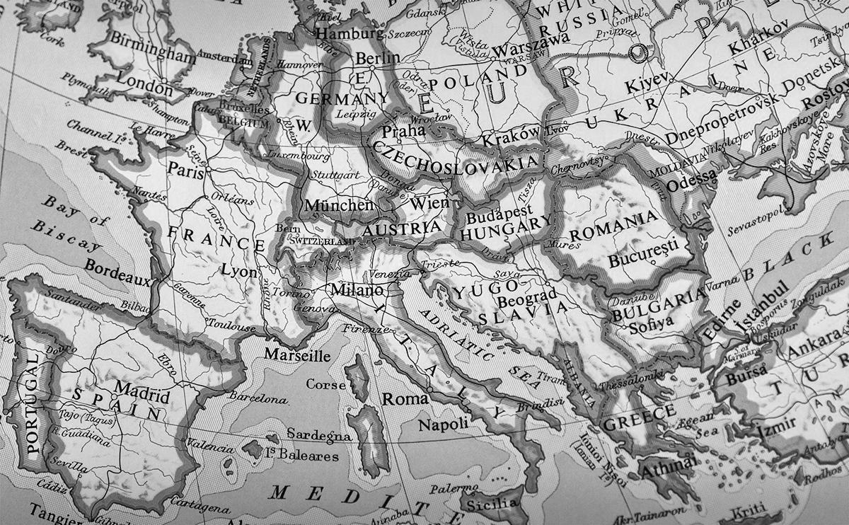 国旗 世界地図 ヨーロッパ